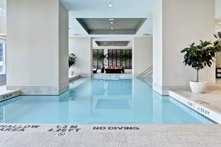 183 Wellington Street  condo Pool