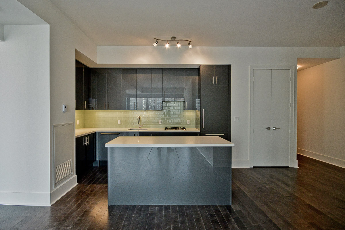 29 Queens quay east kitchen