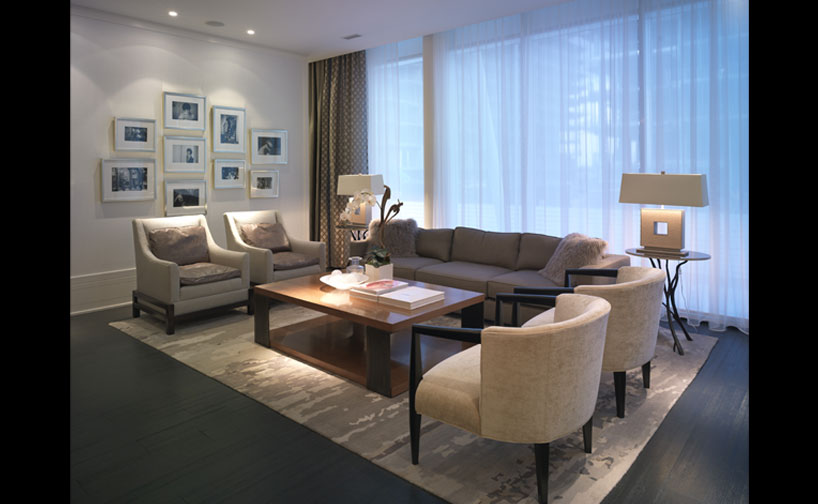 39 Queens Quay E  Living room
